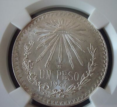 Mexico $1 Peso Silver  Beautiful Coin UNCIRCULATED NGC MS65 1944
