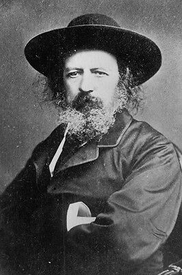New 5x7 Photo: Sir Alfred, Lord Tennyson, Poet Laureate of Great Britain