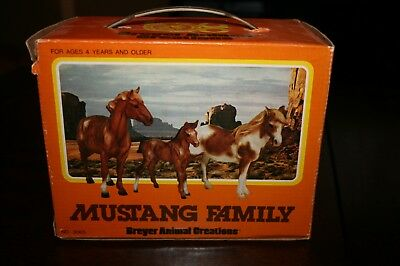 Vintage Breyer Horse Mustang 1976 Family Of Stallion Mare Colt Boxed #3065