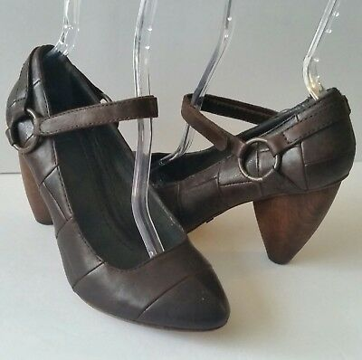 True Religion Eva Brown Patch Leather Mary Janes Wood Heels Womens 7.5 DRing EUC