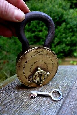 Antique Brass Padlock With One Key Made by F.Wertheim & Co Wien Trick Rare 08-03