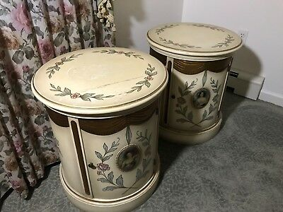 Vintage1940's Pair of French/Italian Provincial Style Round End Tables