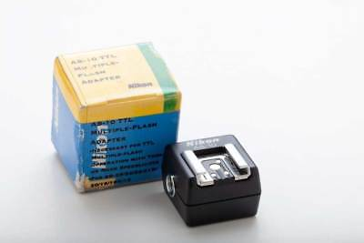 Nikon AS-10 Multiple-Flash Adapter