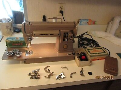 VINTAGE SINGER Model 40A Sewing Machine W Carrying Case And Fascinating Singer Sewing Machine Model 301a Value