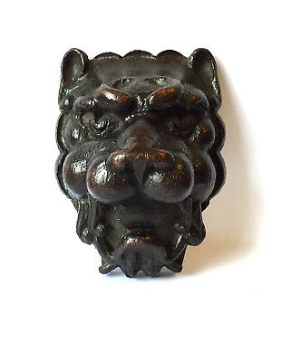 16th / 17th century lion head plaque architectural fragment wooden carving treen