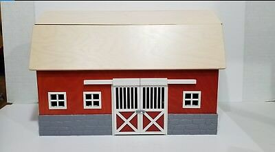 Schleich Red Barn Stable 42028 RETIRED See Pictures