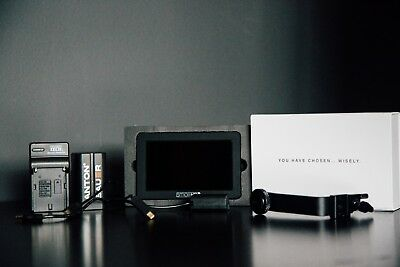 Small Hd - Focus - Sony Package - Mint Condition!!!!!!!!!!!!!