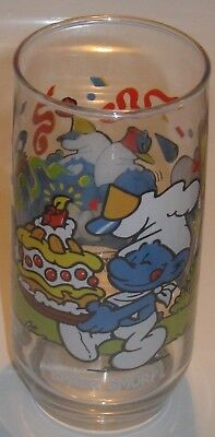 Vintage 1983 Smurf Glass from Hardees - Baker