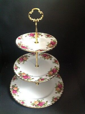 Stunning Royal Albert Old Country Roses 3-Tier Cake Stand