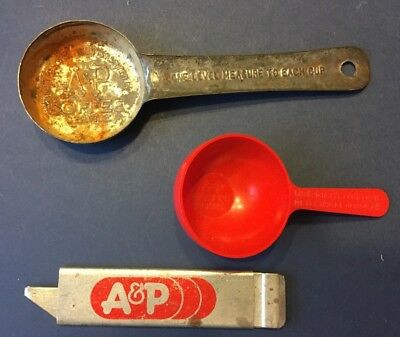 Lot Of Vintage A&p Memorabilia ~ Box Cutter And 2 Coffee Measuring Scoops