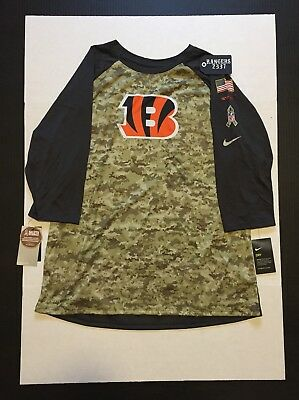 bb09dae47 NIKE 2017 NFL Salute to Service Tampa Bay Buccaneer Sideline 3 4 T ...