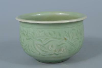 K8197: Japanese Kiyomizu-ware Celadon Flower pattern WASTE-WATER POT Kensui