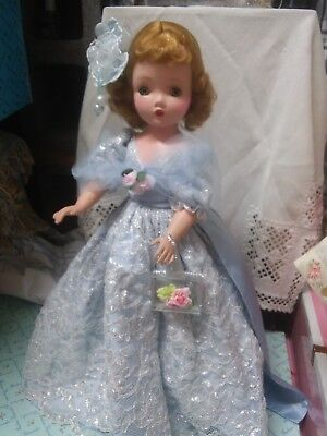 """20""""  1950s Vintage Madame Alexander Cissy doll in  her tagged blue gown"""