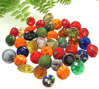 Lot Of 40 Colorful Diminutive Czech Glass Buttons Many Painted Z71