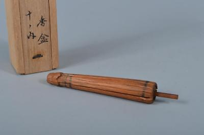 K8426: Japanese Wooden Cedars umbrella-shaped INCENSE CONTAINER w/signed box