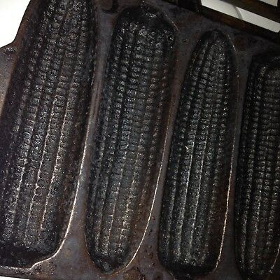 Vintage WAGNER WARE Cast Iron 7 Ear Corn Bread Muffin Stick Pan Skillet Mold