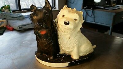 Back and white scotch Scottie dogs bar display advertising