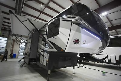 Cyclone 3611 Fifth Wheel Toy Hauler RV 11' Garage Bunkhouse Last One Call Now