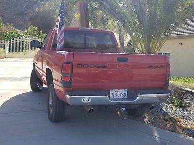 2001 Dodge Ram 1500  2001 red Dodge Ram 1500 with trailer1B7HF16Z41S1