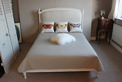 French solid wood Capitonne double / king size bed