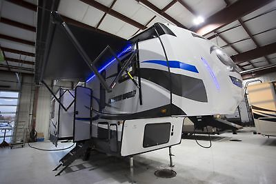 Wholesale Price 2018 Forest River Arctic Wolf 285DRL4 5th Wheel Buy Now and Save