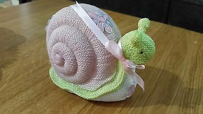 """Resin """"knit"""" figurines - Snail and Chick - Brand new never used"""