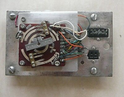 AMI Jukebox accumulator assy