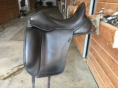 "17"" CUSTOM SADDLERY Advantage Dressage Saddle, Custom Fit With Buffalo  Leather"