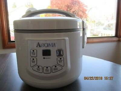 Aroma White 500 Watt 6 Cup Rice Cooker & Food Steamer Model No. Arc-936D