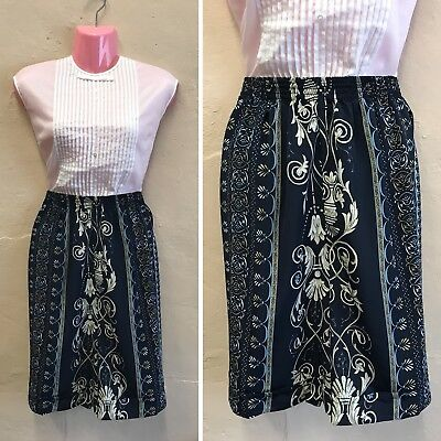 SIZE 16-18 – VINTAGE HIGH WAISTED SHORTS NAVY BLUE FLORAL FESTIVAL 90s (st27)