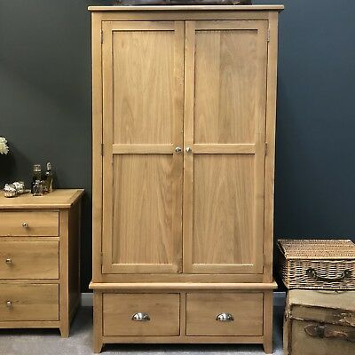 Oak 2 Door Wardrobe / Double Wardrobe Solid Wood With Drawers / Harvard