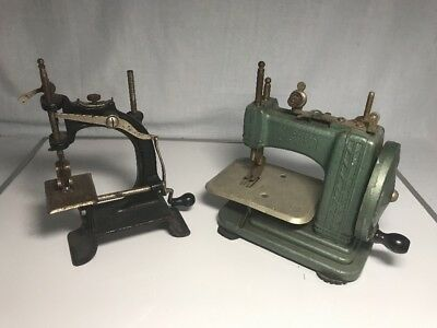 BETSY ROSS AND Baby Vintage Hand Crank Sewing Machine 4040 Stunning Arch Sewing Machine Company Philadelphia Pa