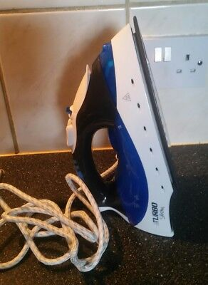Morphy Richards 40679 Turbosteam Iron With Diamond Soleplate