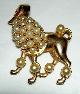 Vintage Unsigned 60's Rhinestone Faux Pearl Poodle Dog Gold Tone  Pin Brooch