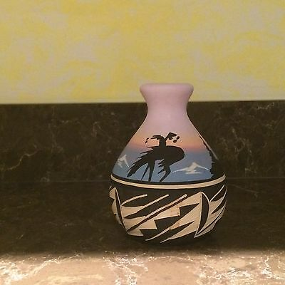 Signed BlkH20 Blackwater Navajo Native American Pottery Horse Vase 4""