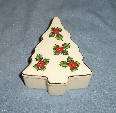 VTG Lefton Japan Porcelain Christmas Tree Trinket Box Jewelry Dish Holly Berry