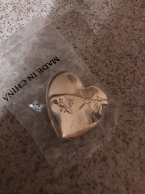 E.T. Movie Heart Pin from Universal Studios and Variety C.C.
