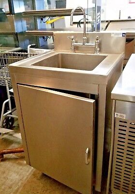 NSF Stainless Steel Floor Cabinet Hand Sink w/ Swivel Gooseneck Faucet and Drain