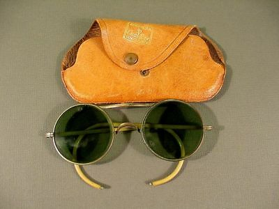 ba2bb0a1df RARE VINTAGE AMERICAN by Cool-Ray Sunglasses Aviator w Original Case ...