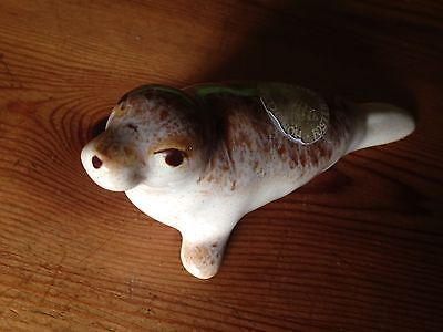Fosters Pottery Honeycomb Small/Baby Seal