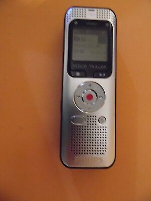 Philips Voice Tracer 2000 Stereo Digital Recorder 2 MIC 4GB memory FM radio