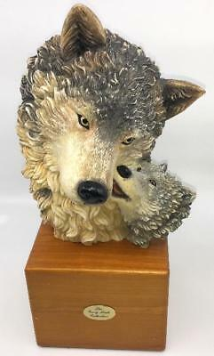Wolf Wolves  W/ Cub Statue Figurine  Gray Rock Collection Cabin Decor Vtg