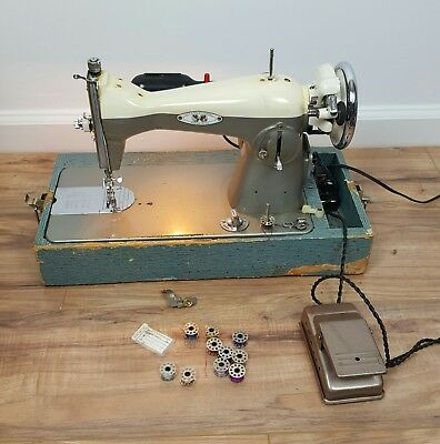 VINTAGE SEWMOR 40 Super Stitch Sewing Machine In Case 4040 New Super Stitch Sewing Machines