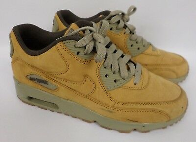 Boys' GS Nike Air Max 90 Winter Premium Casual BronzeBaroque Size 5Y 943747 700