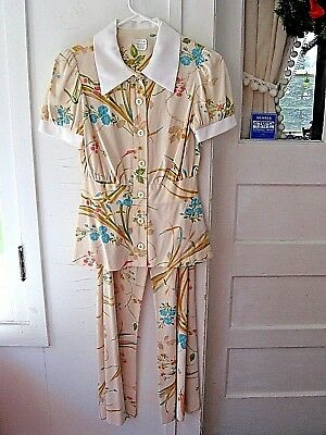 VINTAGE 1960-70 2pc HIPPIE PANT SUIT-BELL BOTTOM PANTS-FLORAL/RASPBERRY DESIGN
