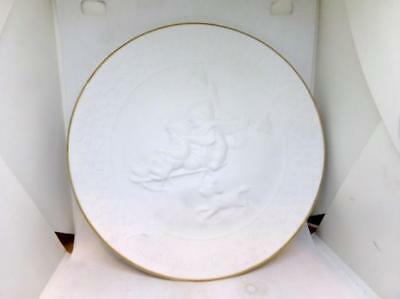 Vintage 1985 Avon Collectors Plate - A Childs Christmas - Children On Sled