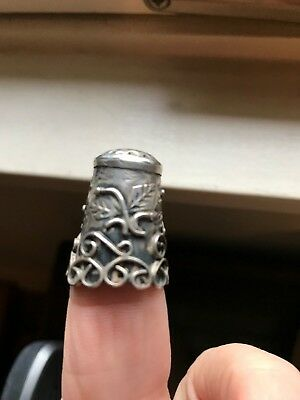 Stunning Ornate Vintage Sterling Silver Thimble