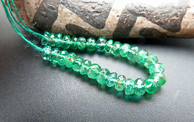 29 STUNNING GEM AAAA+ ZAMBIAN VIBRANT GREEN EMERALD 2.6-2.8mm BEADS - SPARKLE