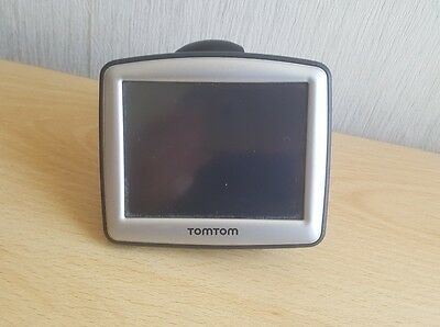Tomtom one sat nav 3.5 inch screen working no power lead cable or suction cup