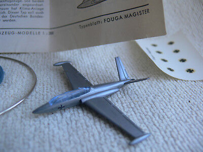 Wiking-Flugzeug Aircraft-Model: FOUGA MAGISTER CM 170 R+Box+Decals+Sockel/Stand